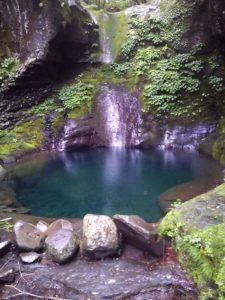 栃木の自然:おしらじの滝の違い