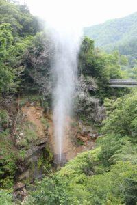 栃木の自然:川俣の間欠泉